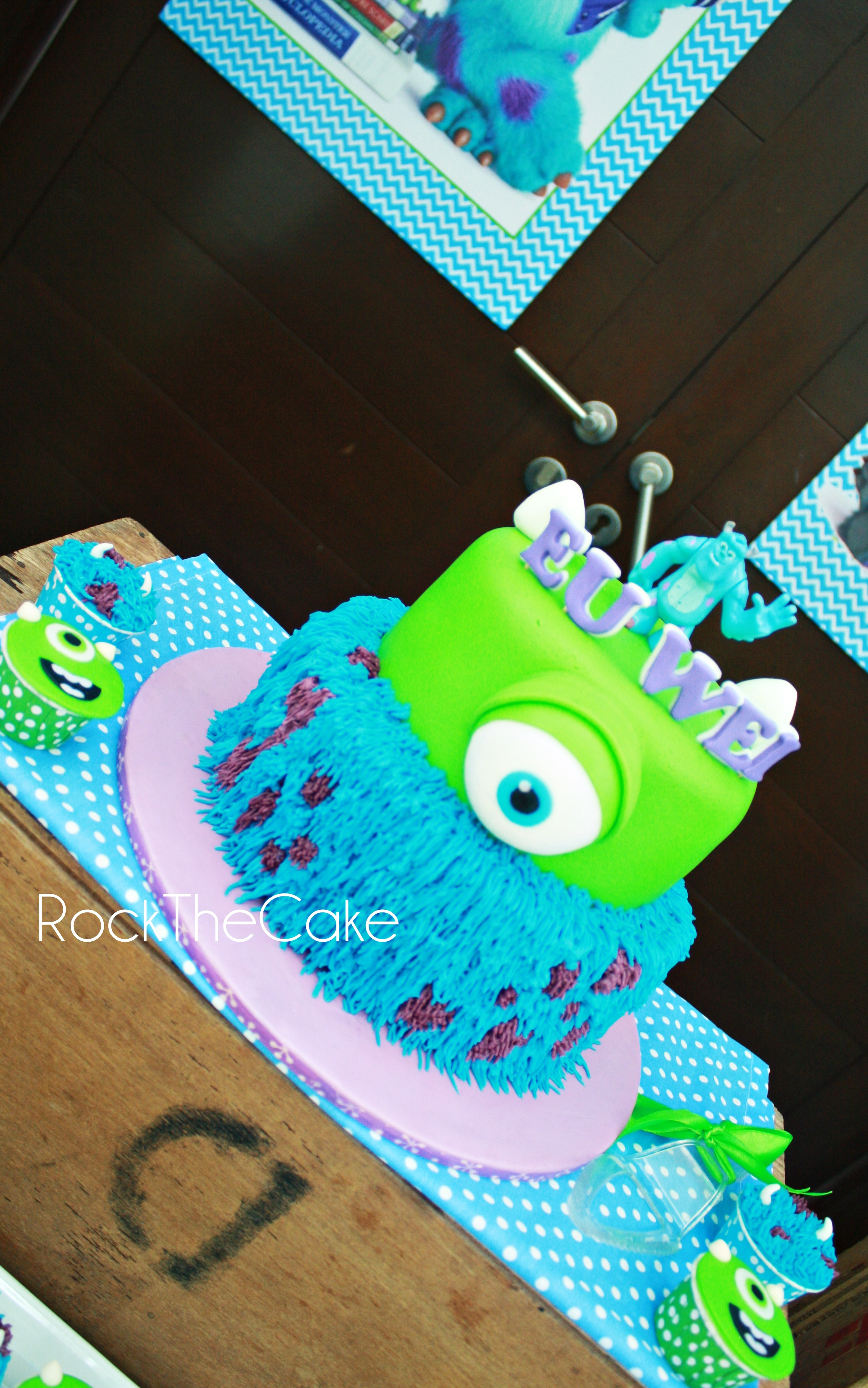 Theme : Monster Inc University